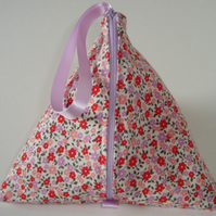 Pyramid Bag- Posy