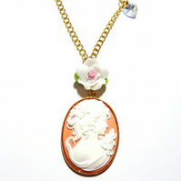 Cameo Necklace - The Lady With The Crystal Heart