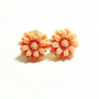 Flower Stud Earrings - Daisy, Daisy