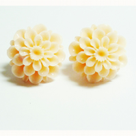 Chrysanthemum Stud Earrings - Flower Power! **reserved for the lovely  Natasha!**
