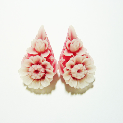 Flower Studs - How Does Your Garden Grow?