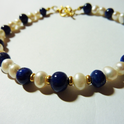 Vintage Freshwater Pearl and Lapis Lazuli Bracelet - Lady Of The Sea