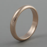 Rose Gold 9ct heavy weight 4mm wedding band