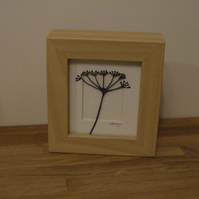 Small seed head cow parsley mini (wood effect frame)