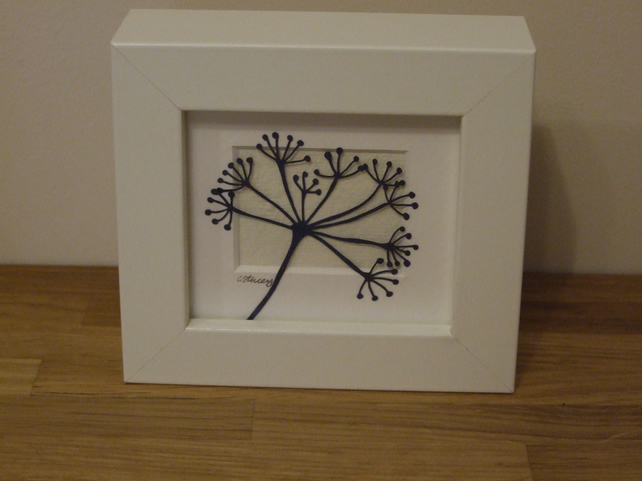 Large seed head cow parsley mini (white frame)