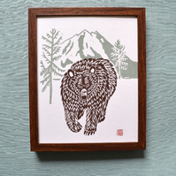 Great Grizzly Bear linoprint