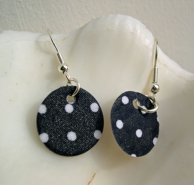 Hardened Ditsy Polka Dot Disc Earrings in Navy