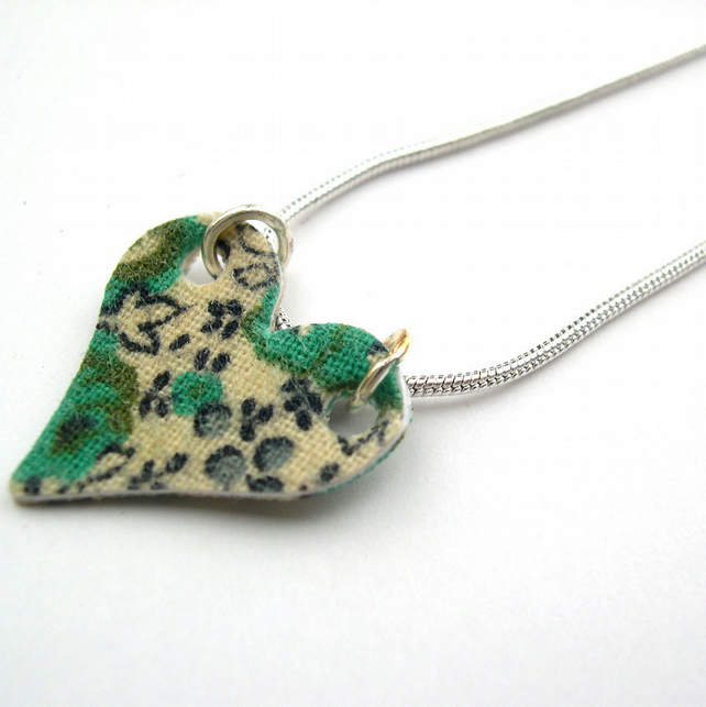 Hardened Fabric Ditsy Green Floral Heart Necklace