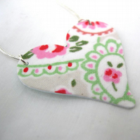 Cath Kidston Ditsy Floral Hardened Fabric Valentines Day Heart Necklace