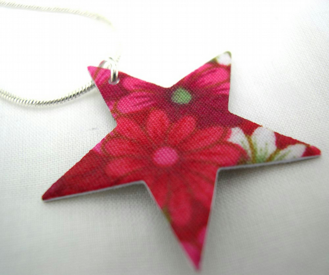 Xmas gift  Star Ditsy Floral Hardened Fabric Valentines Day Star Necklace