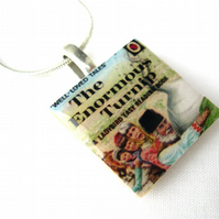Unusual Unique Gift Ladybird 606d series The enormous turnip necklace