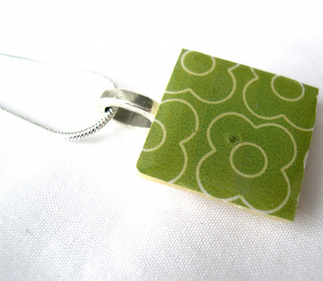 Xmas Gift Silver Plated Ceramic Tile Necklace Retro Resin Pendant
