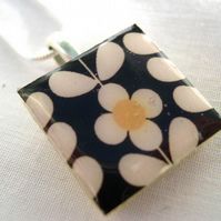 Unusual Unique Gift Silver Plated CeramicTile Necklace Retro Resin Pendant
