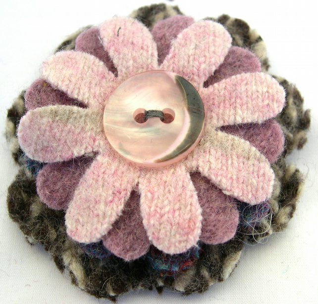 Knitted Felted Upcycled Flower Patterned Woollen wool Corsage Brooch Pin Badge