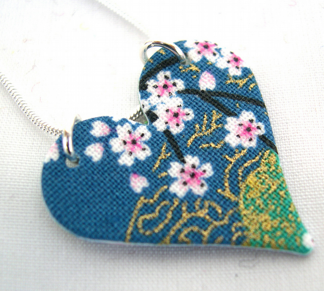 Chinese Floral Green Blue Ditsy Floral Hardened Fabric Heart Necklace