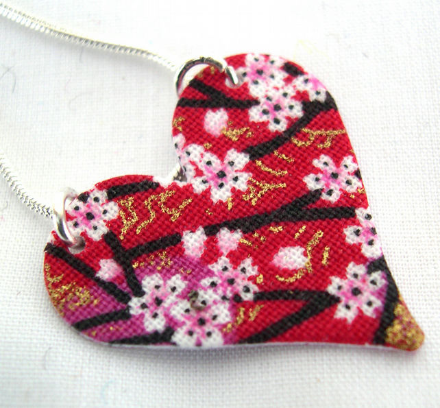 Chinese Floral red Pink Ditsy Floral Hardened Fabric Heart Necklace