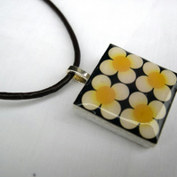 Unusual Gift Brown Leather thong Ceramic Tile Necklace Retro Resin Pendant