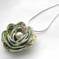 Hardened Fabric Cream Vintage Ditsy Print Rose Necklace silver plated