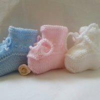 Baby Booties Hand Knitted White Pink or Blue Newborn to 6 Months Girl Boy Unisex