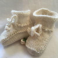 Alpaca Natural Cream Knitted Baby Booties 0 to 3 or Plus 3 Months Unisex Soft