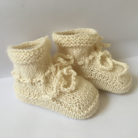 Knitted Baby Booties Alpaca and Silk Pale Cream 0 to 3 months Unisex so soft