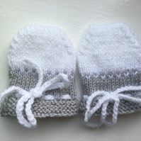 Baby Scratch Mittens 0 to 3 months White and Light Grey Hand Knitted Unisex boy