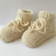 Knitted Baby Booties Alpaca and Silk Pale Cream 0 to 3 months Unisex girl boy