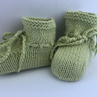 Knitted Baby Booties Fresh Pale Green Pure Cotton 0 to 3 Months Unisex boy girl