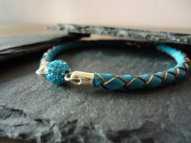 'Turquoise sparkle' braided leather bracelet