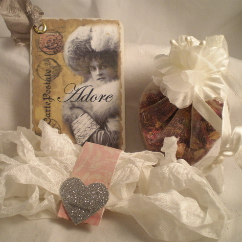 Shabby Chic Adore Lavender Sachet/Tag and Ribbon Set