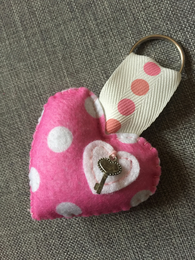 Cute padded heart spotted keyring with mini key