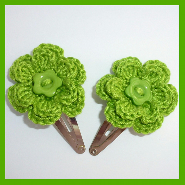 SALE 2 Green crochet flower hair clips - Folksy