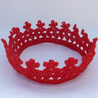 Red crochet crown to fit age 1 to 2 years