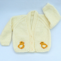 Hand knitted cream cardiganto fit a 0 to 3 months baby