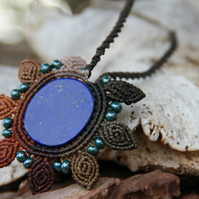Flower macrame autumn lapis lazuli necklace