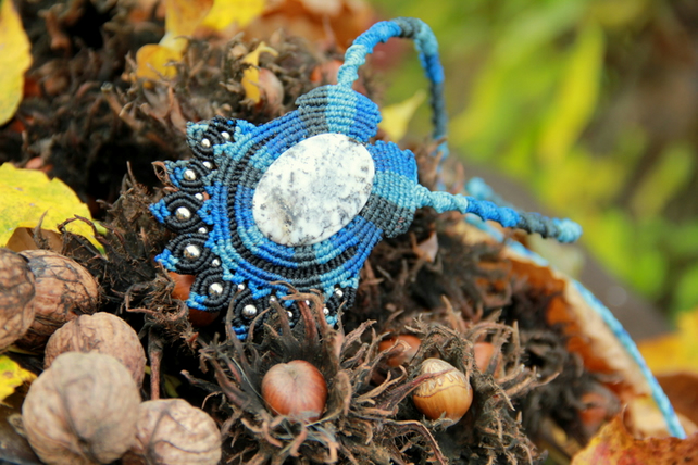Romantic tribal macrame necklace with dentric agate