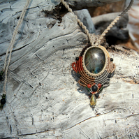 Macrame boho necklace with rainbow labradorite