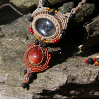 Necklace with quartz and carnelian