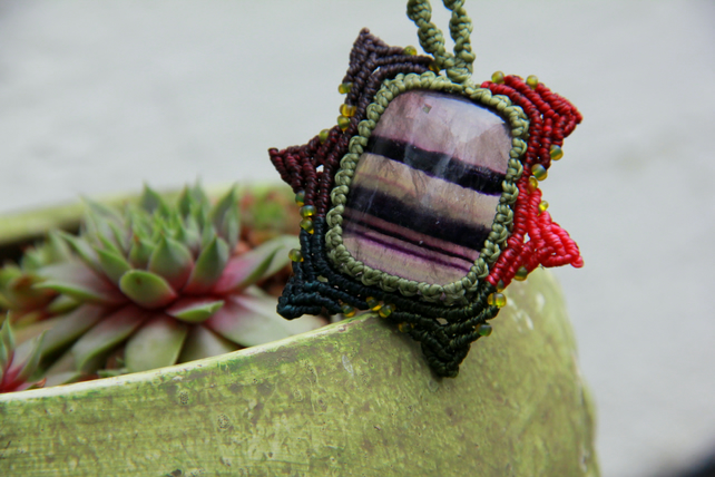 Macrame necklace with fluorite