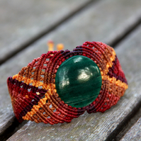 Macrame bracelet with green aventurine