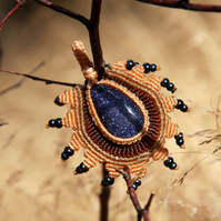 Pendant with blue stone