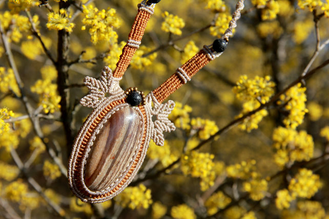 Necklace with jasper and lava beads