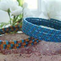 BEACHCOMBER  two beach toned blue sand  seed bead memory wire stacking bangles