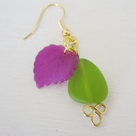 ON THE GRAPEVINE leaf and seaglass goldplated charm earrings