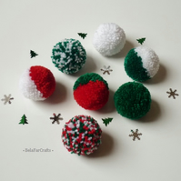 Christmas garland - Festive pom poms bunting - Xmas themed weddings