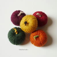 Mini pumpkins (5) - Wedding cake toppers - Party favours - Fall decorations