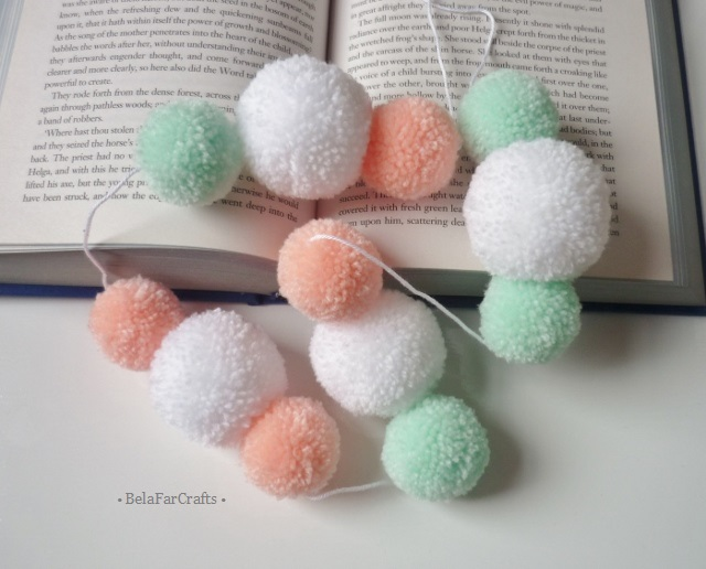 OFFER - Nursery pom poms garland - Kids' playroom decor - Baby shower