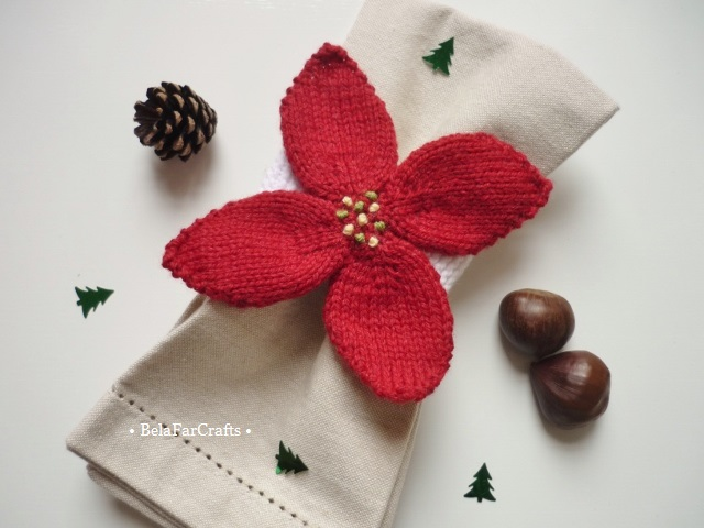 Poinsettia napkin rings (6) - Christmas table decor - Winter wedding favours