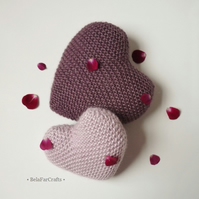 Unisex knitted hearts - Wedding gift - 'I love you' gift - Valentine's Day