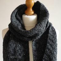 Flecked wool black scarf - Neck scarf for men - Guys' winter knitwear
